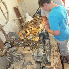 initiation au tournage du bois - gite de Tres Bayard location de vacances et week end - Saint Claude - Jura