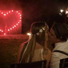 Ein Lichterbild von uns auf einer Hochzeit.Tolles Bild!