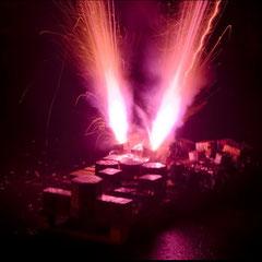 Systemfeuerwerk beim Abschuß