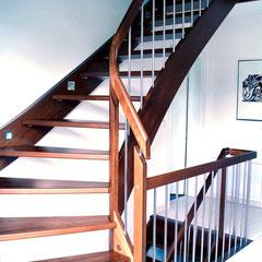Escalier à limons - JONAS Treppen-Manufaktur; Holztreppen ...
