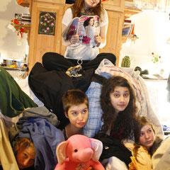 Fannie, die Chaosqueen hat uns alle fest im Griff - unser Jahrbuchfoto! :-) Love it!