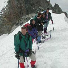 au sommet du Dôme des Ecrins (guide Momo)