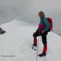au sommet du Dôme des Ecrins (4015m)