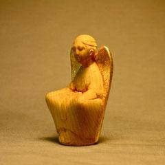 編み髪の守護天使