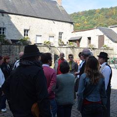 Promenade guidée dans Treignes - Entrée de la Ferme-Château - Ecomusée du Viroin