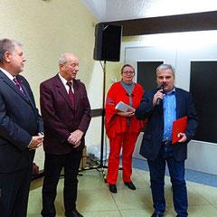 Ehrung 50 Jahre Mitgliedschaft für Manfried Weber durch den OV-Vorsitzende Hünstetten, Horst Kaltwasser und Kurt Beck