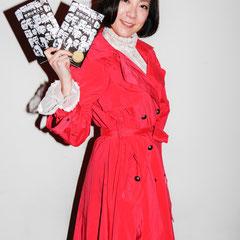 二冊使い! 『世界は考える』出版記念レセプション Photo by Song Min Soo