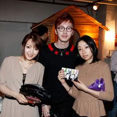 パシャ! 『世界は考える』出版記念レセプション Photo by Song Min Soo