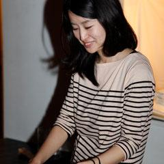 もう一枚 『世界は考える』出版記念レセプション Photo by Song Min Soo