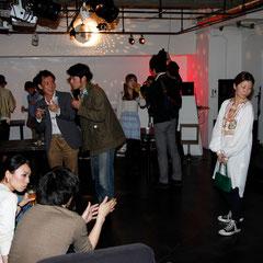 パーティもそろそろ終わり 『世界は考える』出版記念レセプション Photo by Song Min Soo