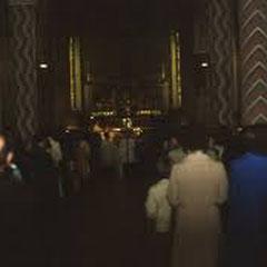 In Berlin wars dunkel in der Kirche aber hell im Herz