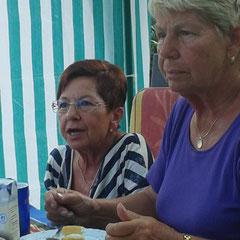 Marianne mit ihrer Schwester