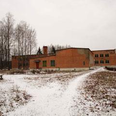 Здание школы на ст.Тощица (школа закрыта в 2014 году)