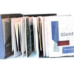 Souvenirs, 2017, album de 14 estampes, bois gravé, collagraphie, relief, marouflés sur papier St-Armand, boitier par l'artiste, 20.5 X 20 X 9.5 cmo