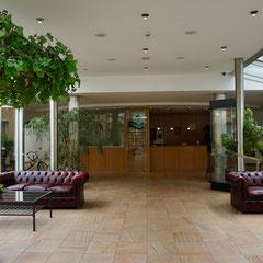 Eingangshalle und Rezeption der Residenz