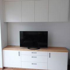 TV-Schrank // Beratung • Planung • Ausführung