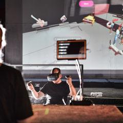 detached_2020_Social VR Performance_Lena Biresch, Lucas Dewulf, Beate Gärtner, Jan Schulten, Kathi Schulz, Ilja Mirsky_Places Festival_Foto: Frank Vinken