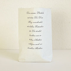 Lichttüte aus Büttenpapier mit Gedicht bedruckt