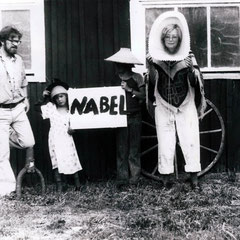 Das Kollektiv während eines Aufenthaltes in Drakabygget, 1976