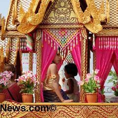 In Udon bekannt: Daas Bun Bang Fai Festival (Raketenfest).