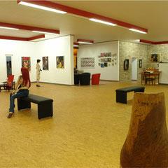 Die Galerie bietet abwechslungsreiche Perspektiven.