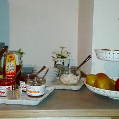 Frühstück beim Bauernhofurlaub in der Eifel