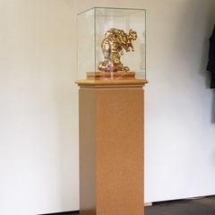 Antje Blumenstein, Glaube an den Glamour 5, 2009, PU-Schaum, Bordüren, Glas, MDF, 160 x 43 x 40 cm