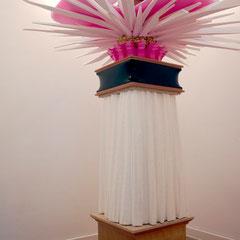 o.T. (Fan), 2010, Styropor, PE-Folie, MDF, UV-Acryllack, 260 x 160 x 140 cm