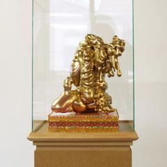 Antje Blumenstein - Glaube an den Glamour 5, 2009, PU-Schaum, Bordüren, Glas, MDF, 160 x 43 x 40 cm
