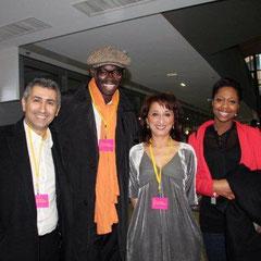 Farida BOUDAOUD entourée de Sylvère-Henry CISSE et Elé ASU de Canal + /  Photo © Anik COUBLE