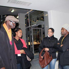Sylvère-Henry CISSE et Elé ASU de Canal + en discussion on avec  le rappeur ROST - Photo © Anik COUBLE