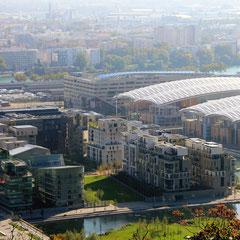 Le quartier de Confluence depuis la colline de Ste Foy-lès-Lyon - Photo © Anik COUBLE