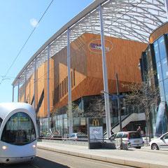 Centre Commercial - Lyon Confluence - Photo © Anik COUBLE