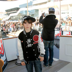 Alan Badaoui-Couble, sur le bateau NRJ à Cannes © Anik COUBLE