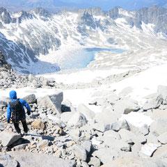 Espectaculares vistas  del Ibón de Creregüeña desde el Collado de la Rimaya