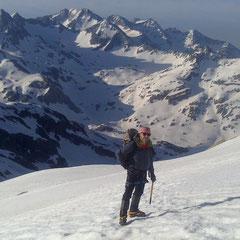 Ascensión Balaitus con Guía de Montaña