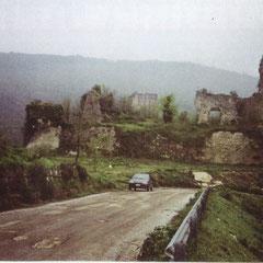 """Facciata Anteriore. Da """"Valle di Maddaloni Medievale"""" di Aristide Peli."""