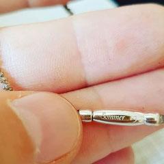 Armband aus Diamantperlen mit graviertem Silberverschluss 750€