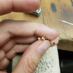 Ohrstecker 585 Gelbgold mit Diamanttropfen in braun 699€/Paar