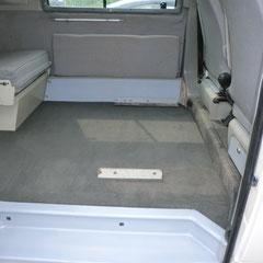 piccolo camper, tappeto su misura (DOPO)