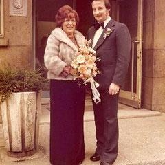 Harald und seine Frau Ingrid Hochzeit 12.12.1975 Berlin