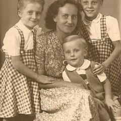 Harald 5 Jahre - Helga-Lotte-Mutti
