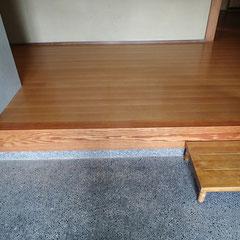 玄関ホール床、框