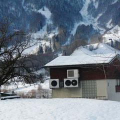 Sendeanlagen mit Kühlungs-Ventilatoren