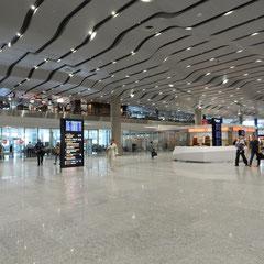 Ankunftsbereich des Flughafen.