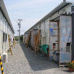 ほとんどの住民は今も仮設住宅住まいです