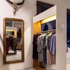 Chreis Fashion Pop-Up Store