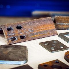 Langlöcher CNC Plasmaschneiden