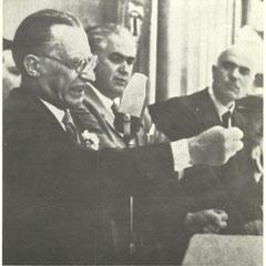 Foto storica in occasione della costruzione del Punto Franco: onorevole De Gasperi e Senatore Perrino