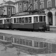 I_No.18_Trams for travel